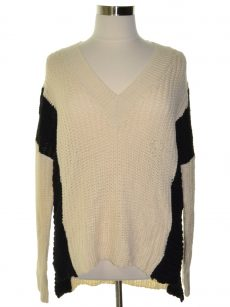Poof Women Size Large L Ivory Pullover Sweater