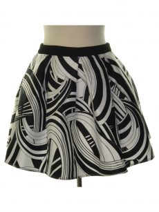 Teeze Me Juniors Size 5/6 Black White Pleated Skirt