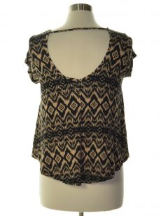 Ultra Flirt Juniors Size Medium M Black Pullover Top