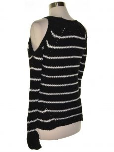 Hippie Rose Juniors Size XS Black Pullover Sweater